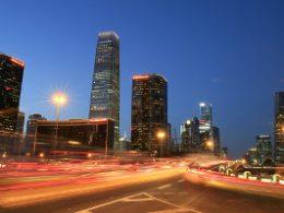 Kina lyser ekstra op om natten