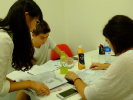 Kinesiskundervisning på små hold i Shanghai