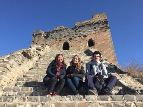 Den Kinesiske Mur i Kina - Jocelyn, Katrin og Nicolas